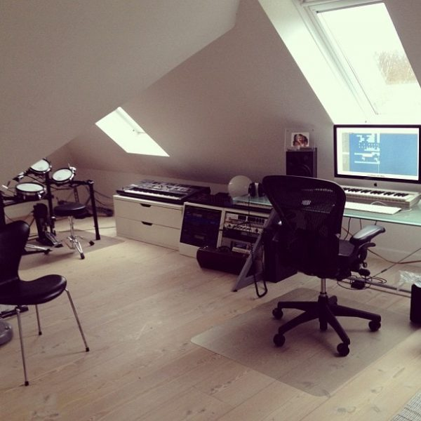 10-reasons-why-you-should-start-your-own-home-music-studio-remixingplanet-com