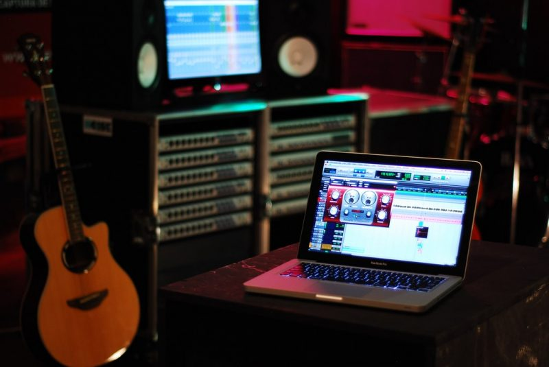 a-recording-studio-on-your-laptop